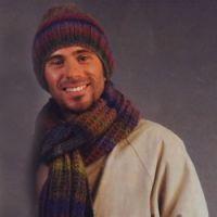 Шапка, шарф и варежки для мужчин
