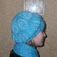 Берет и шарфик - работа Ирины