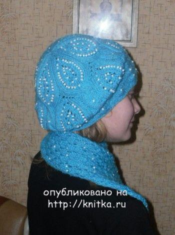 Берет и шарфик – работа Ирины. Вязание спицами.