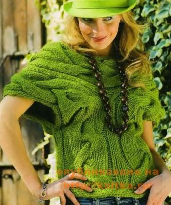 Зеленая безрукавка. Вязание спицами.