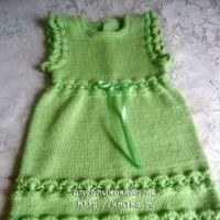 Вязаное платье для девочки – работа Юлии