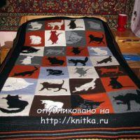 Вязаный спицами плед с кошками