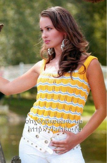 Желтый топ, связанный спицами для женщин
