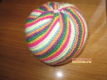 Мяч – погремушка, связанный спицами. Вязание спицами.