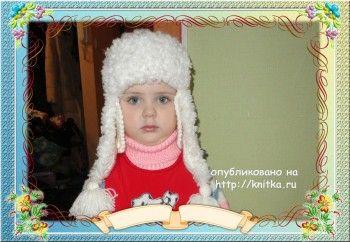 Вязаная шапка – ушанка и шарф. Вязание спицами.